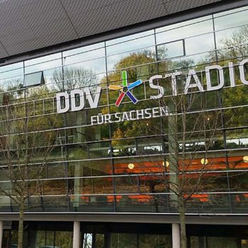dynamo-stadion-haupttribüne