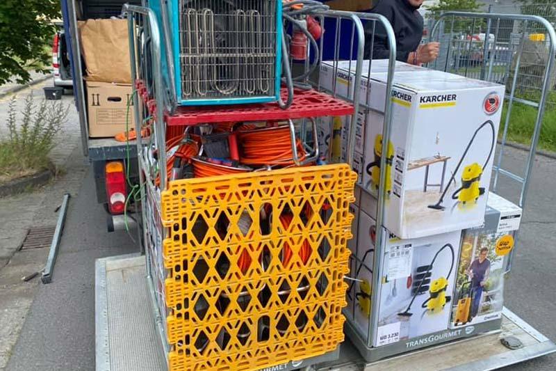 Hilfsgüter für Flutopfer in Ahrweiler